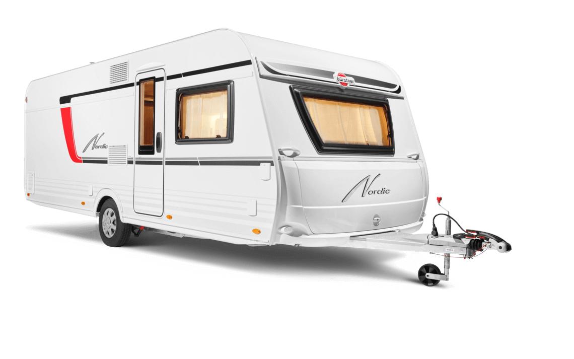 weißer Bürstner Nordic Caravan mit Fenstern und rot-schwarzen Akzenten