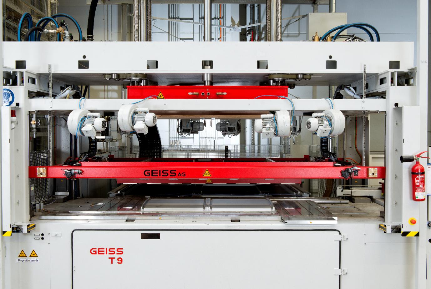 Industrielle Maschine für die Produktion von Geiss AG