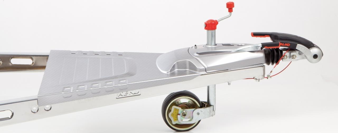 swissplast fertigt Kunststoff-Formteile für Caravane