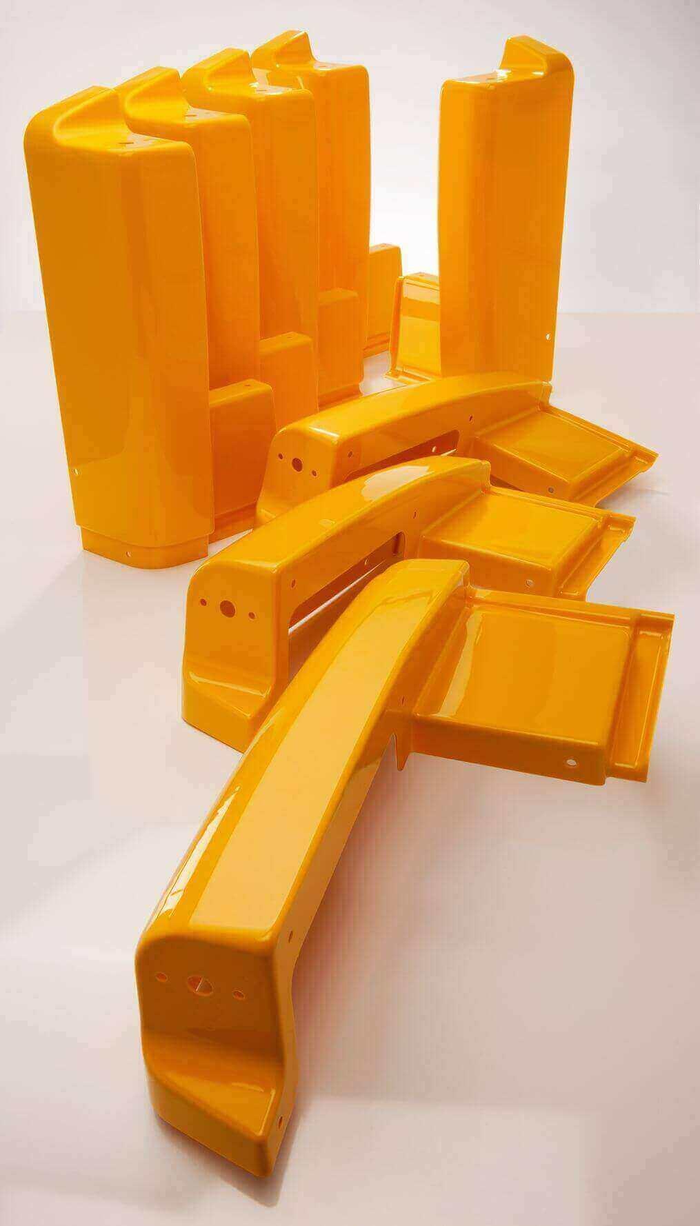 Kunststoffteile von swissplast in orange