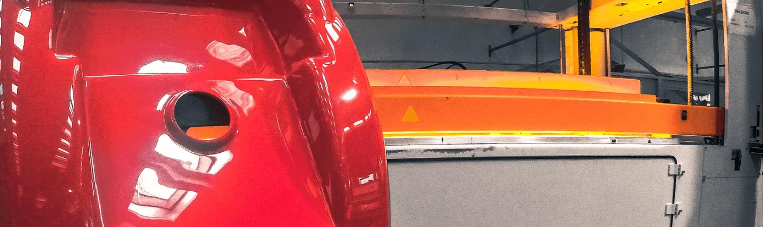 siwssplast rotes tiefgezogenes Kunststoffteil